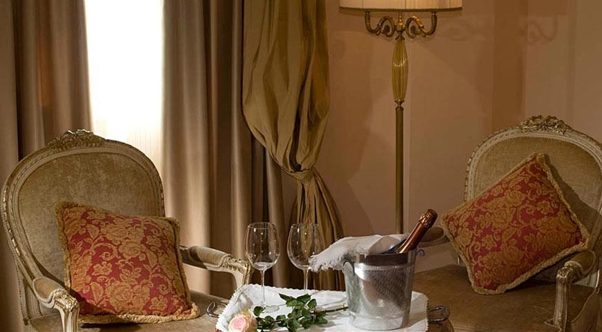 Camere e prezzi junior suite hotel neroniane abano for Resort termali in cabina